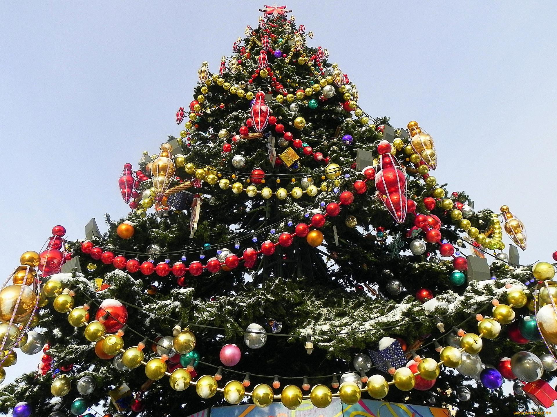 Как сделать бусы на елку своими руками
